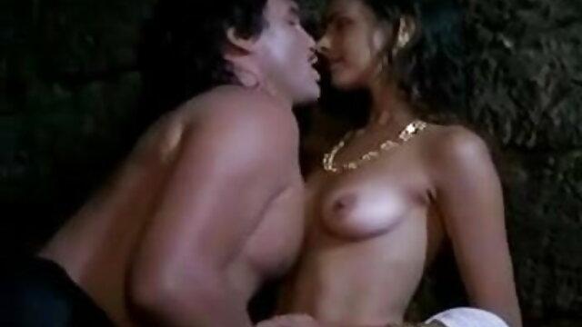 सेक्स कोई पंजीकरण  लंबे पैरों प्रभुत्व के साथ एक जोड़ी सेक्स पिक्चर फुल के साथ आबनूस जाँघिया उसके मुंह में भरवां