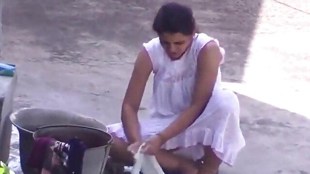 सेक्स कोई पंजीकरण  ईसाई और एलेक्सिस डी ' हिंदी मूवी सेक्सी पिक्चर विन का स्वागत करते हैं एक गर्म संवर्धन पड़ोस में (2015)